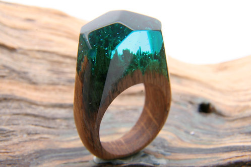 "Wood Ring ""GreenWood"" SIZE 6"