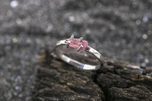Кольцо Gentle stone (red)