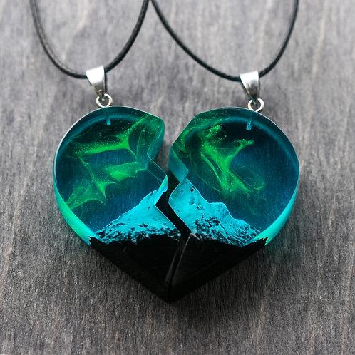 Half Heart Necklaces Polar Night