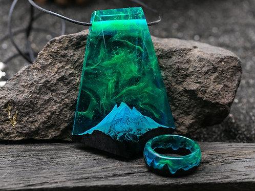 Wooden Set Polar Night (ring & pendant)