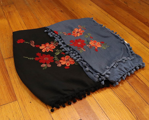 Embroidered Floral Trimmed Scarf