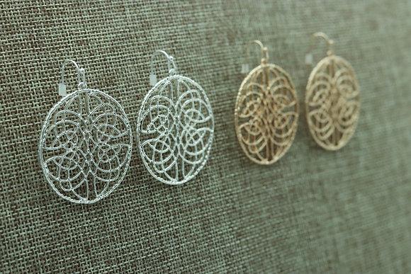 Round, Swirled earrings