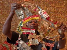 Rice Gallery: El Anatsui (350 words)