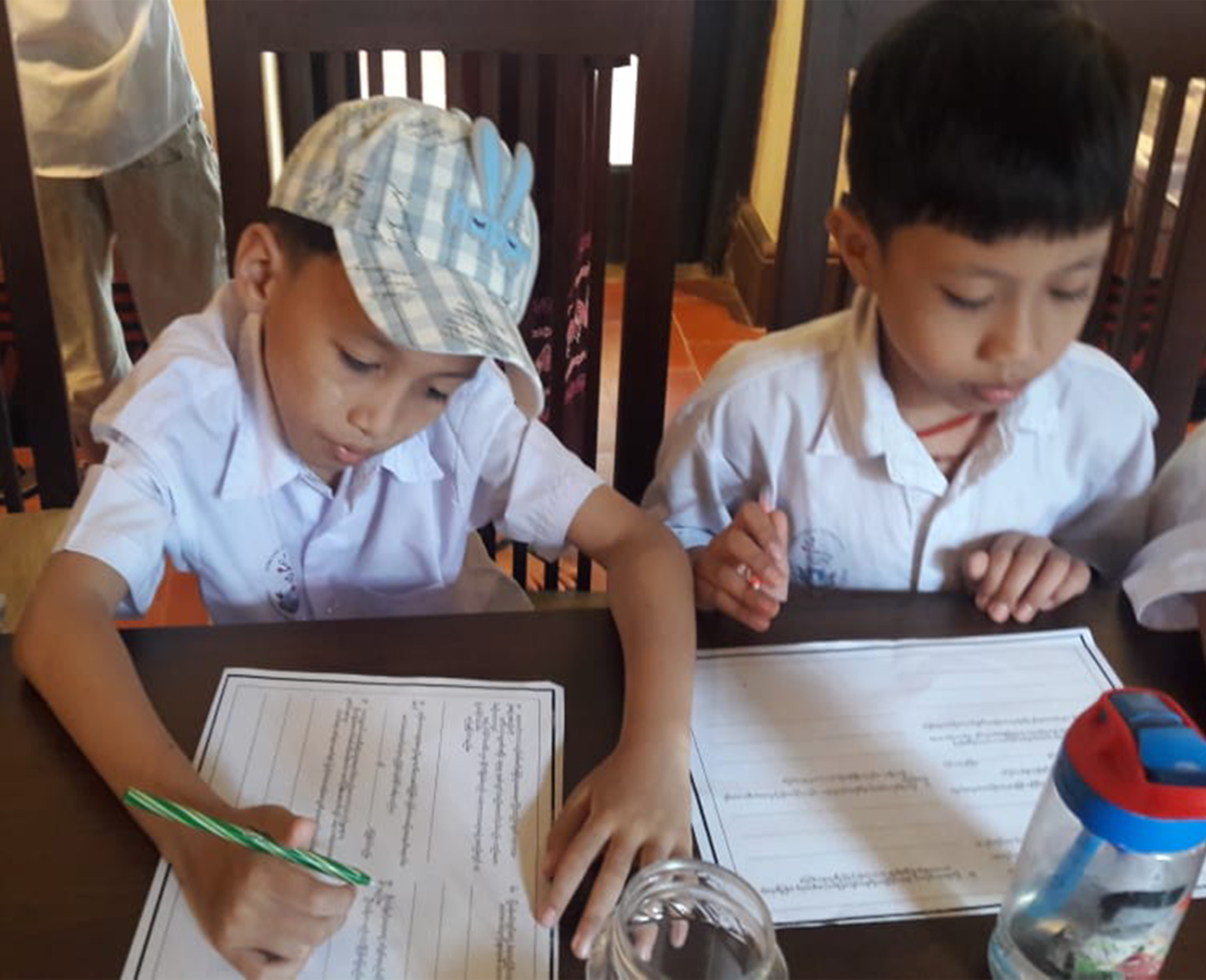 kids answering quiz