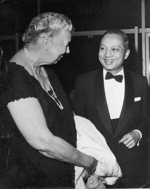 D3 - With Mrs. Eleanor Roosevelt.jpg