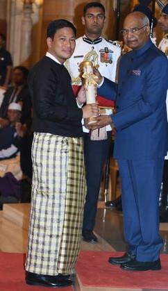 Receiving the Padma Shri from President of India Ram Nath Kovind