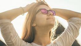 Coloured glasses for post-concussion relief