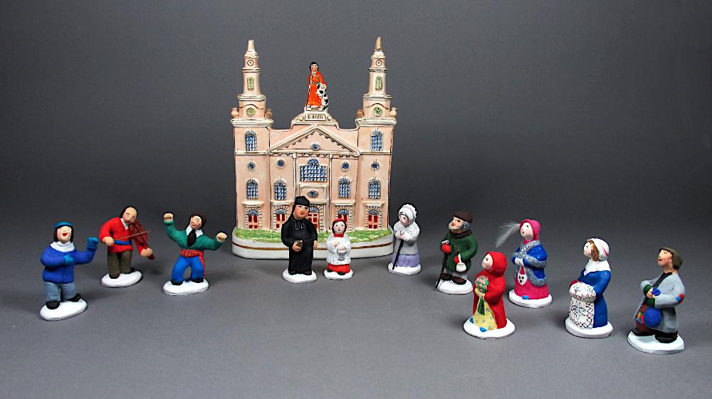 Bibelot et figurine dites santons