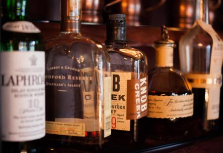 bar at livery tavern