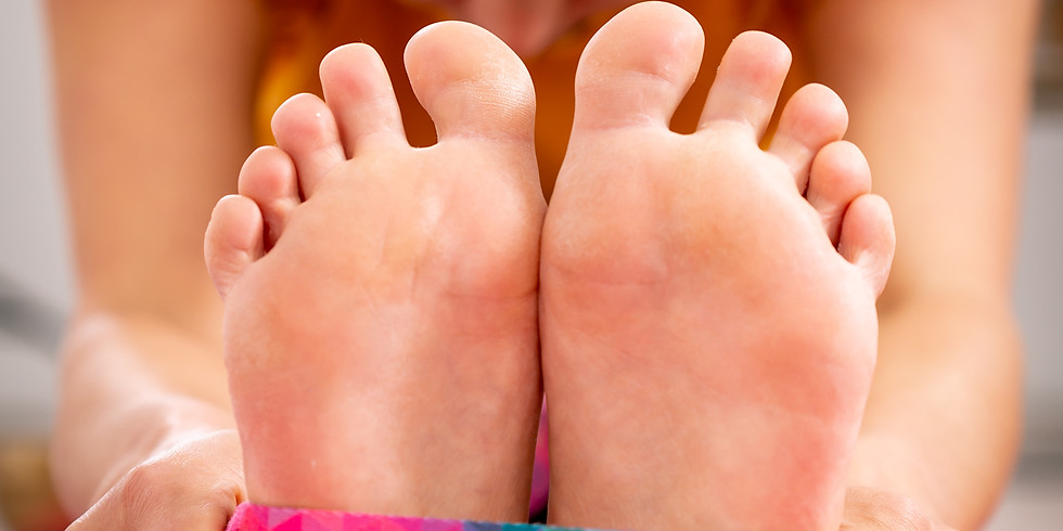 "SPECIAL: Yoga meets Physio ""Happy Feet"""