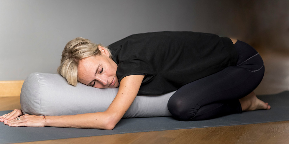 Deeply Relax – Eine Auszeit für Dich mit Yin Yoga & Yoga Nidra