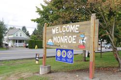 Monroe,_WA_welcome_sign