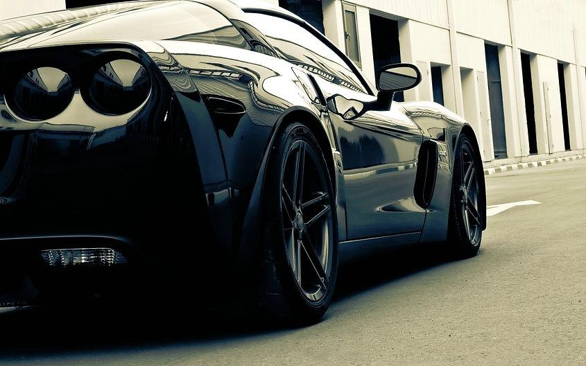 black.white.vette.jpg