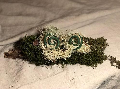 Handmade Spiral Earrings -kelly green