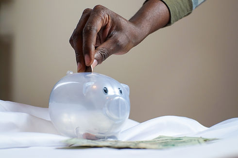 plastic-piggy-bank-3833052.jpg