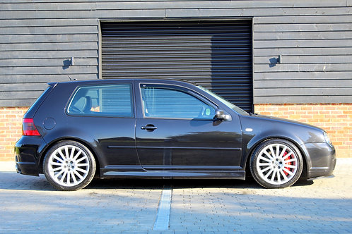 Volkswagen Golf R32 - SOLD
