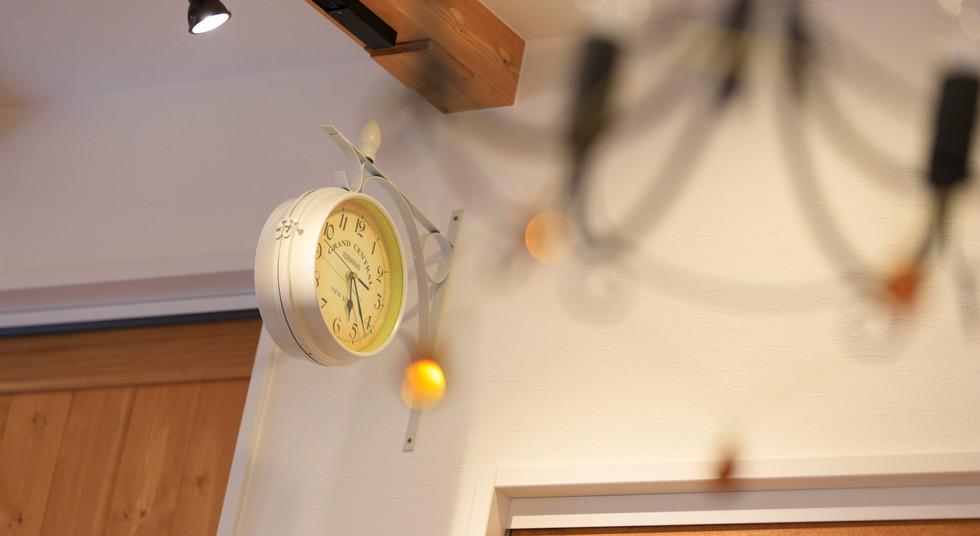 諫早市の工務店スマイフルホームで新築した長崎の注文住宅のライト