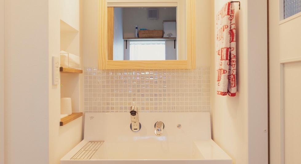 諫早市の工務店スマイフルホームで新築した長崎の注文住宅の洗面台