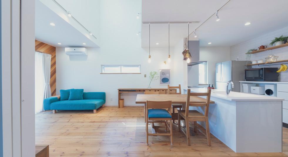 諫早の工務店スマイフルホームで新築した島原の注文住宅のリビングルーム