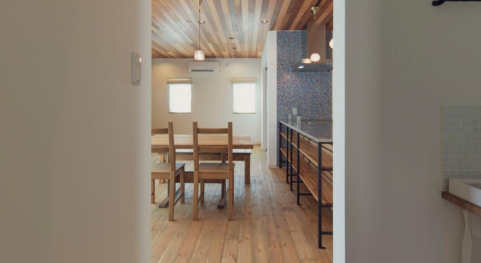 諫早市の工務店スマイフルホームで新築した長崎の注文住宅のパントリー