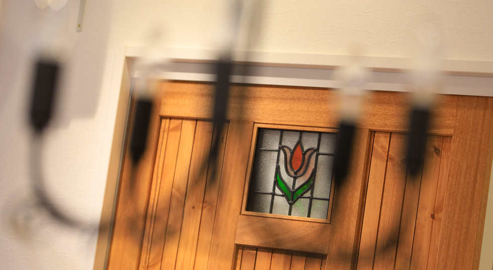 諫早市の工務店スマイフルホームで新築した長崎の注文住宅のステンドグラス