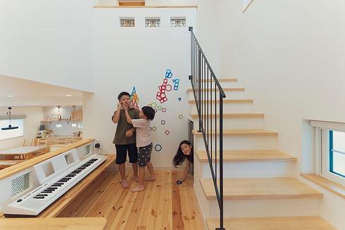 諫早市の工務店スマイフルホームで新築した長崎の注文住宅のスキップフロア