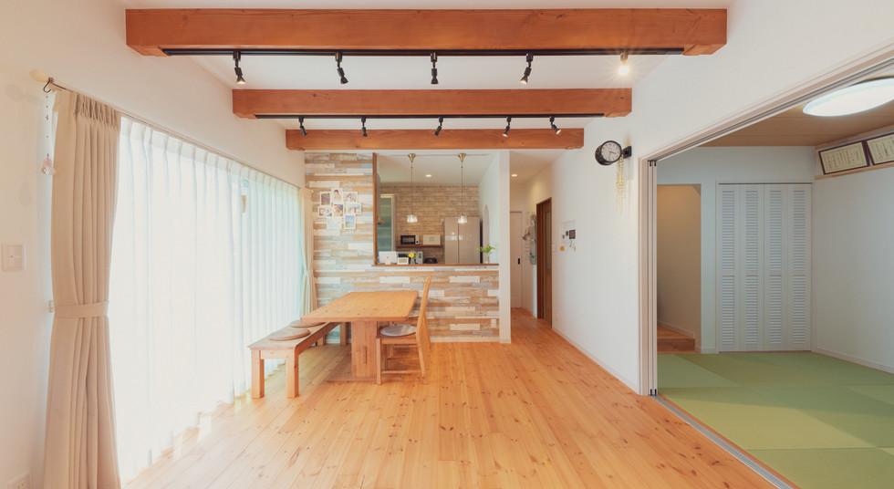 諫早の工務店スマイフルホームで新築した大村の注文住宅のリビング