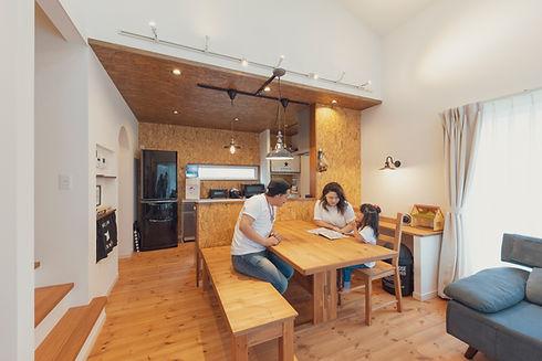 諫早市の工務店スマイフルホームで新築した長崎の注文住宅の無垢の家