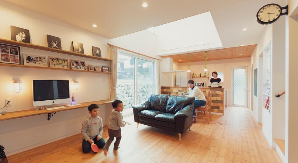 諫早市の工務店スマイフルホームで新築した長崎の注文住宅のリビングルーム