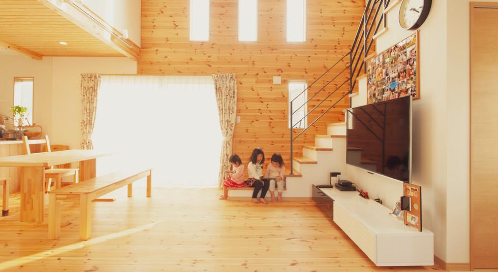 諫早市の工務店スマイフルホームで新築した長崎の可愛い注文住宅のリビング