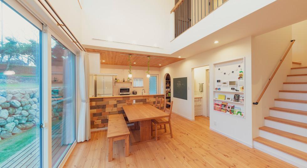 諫早市の工務店スマイフルホームで新築した長崎の注文住宅のLDK