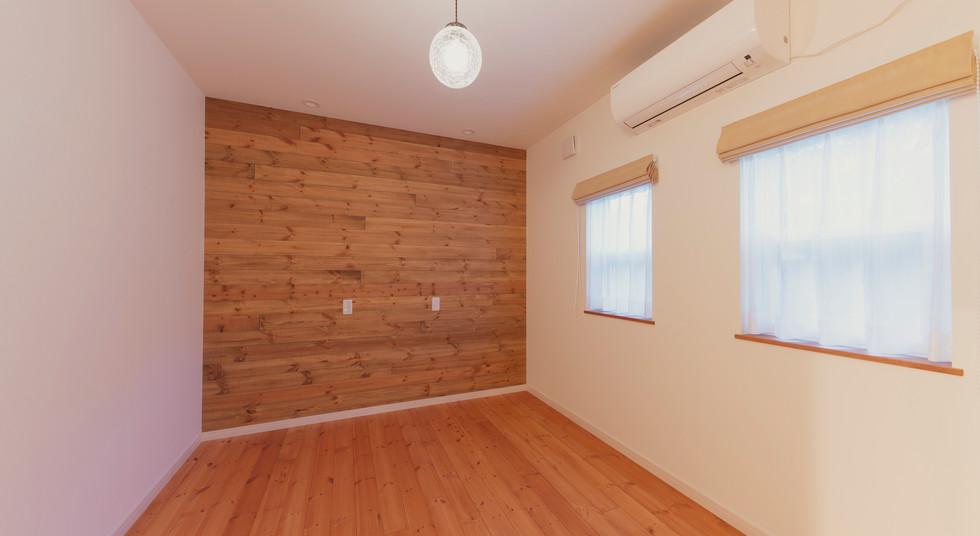 諫早市の工務店スマイフルホームで新築した長崎の注文住宅のキッズルーム_BRI6542.jpg