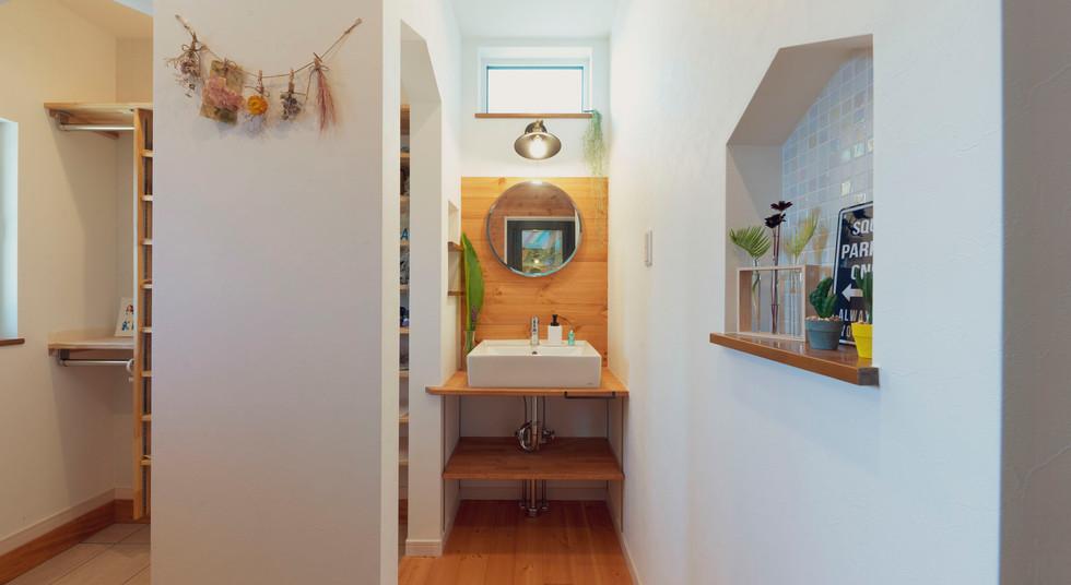 諫早の工務店スマイフルホームで新築した島原の注文住宅の洗面台
