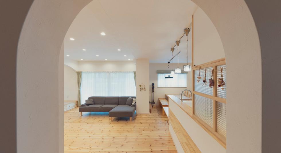 諫早の工務店スマイフルホームで新築した島原の注文住宅のアーチ
