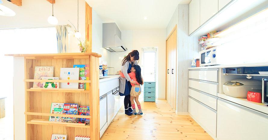 諫早市の工務店スマイフルホームで新築した長崎の注文住宅のキッチン