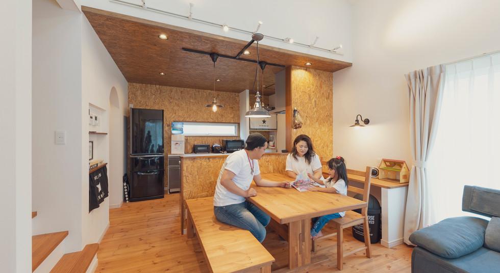 諫早の工務店スマイフルホームで新築した島原の注文住宅のLDK