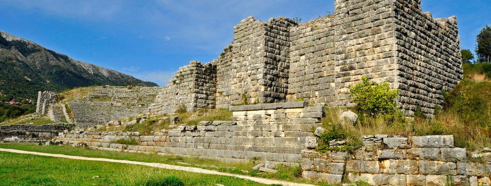 DODONI-ANCIENT THEATER.JPG
