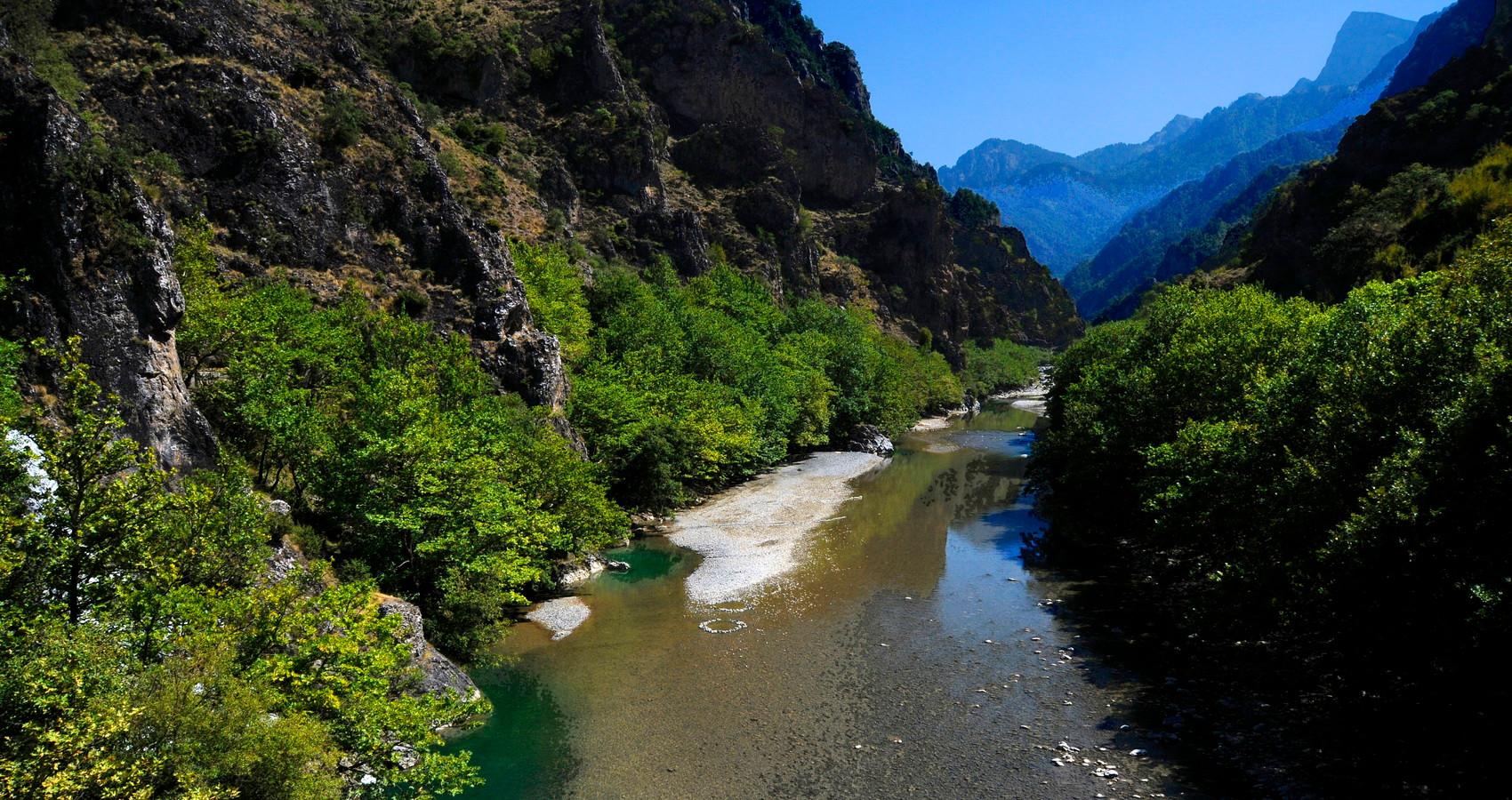 EPIRUS AOOS RIVER