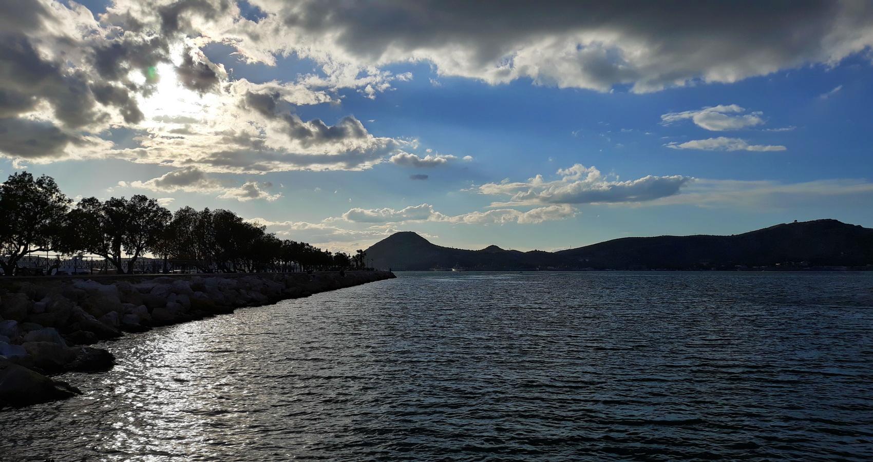 SALAMINA ISLAND
