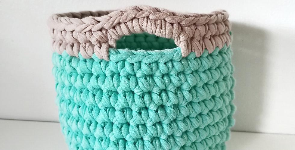 Crochet Basket Aruba