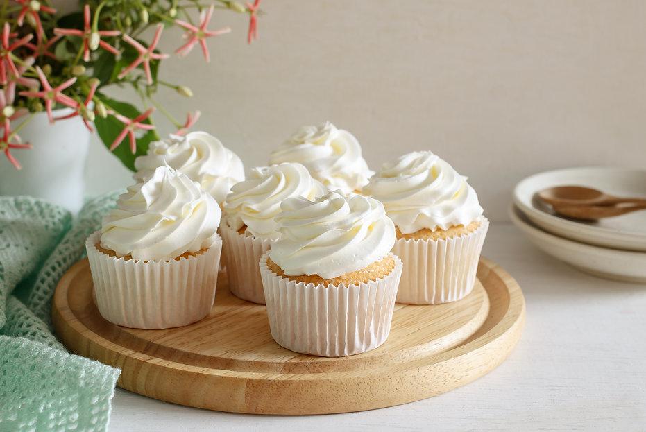 vanilla cupcake.jpg