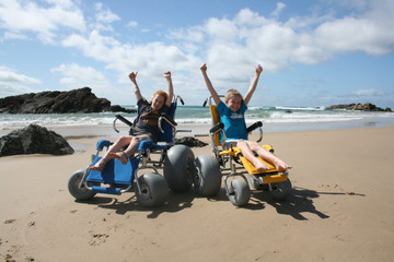 Accessible beaches and pools: tips for summer!