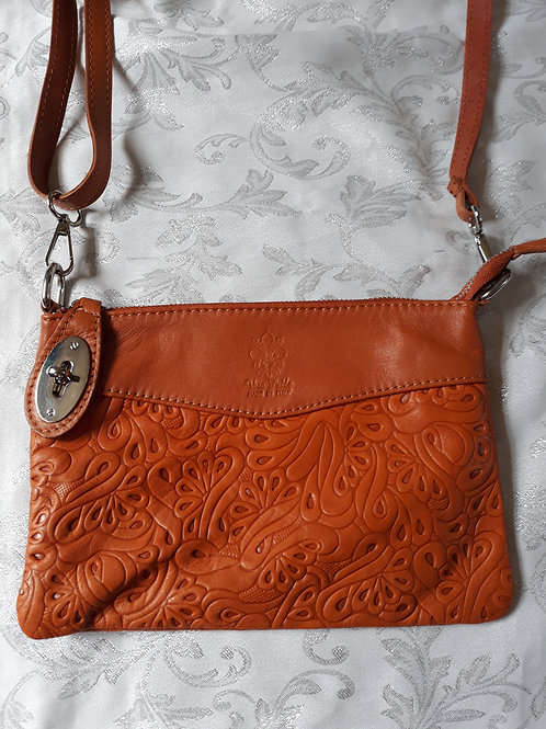 N.S.Embossed leather bag (Tan)