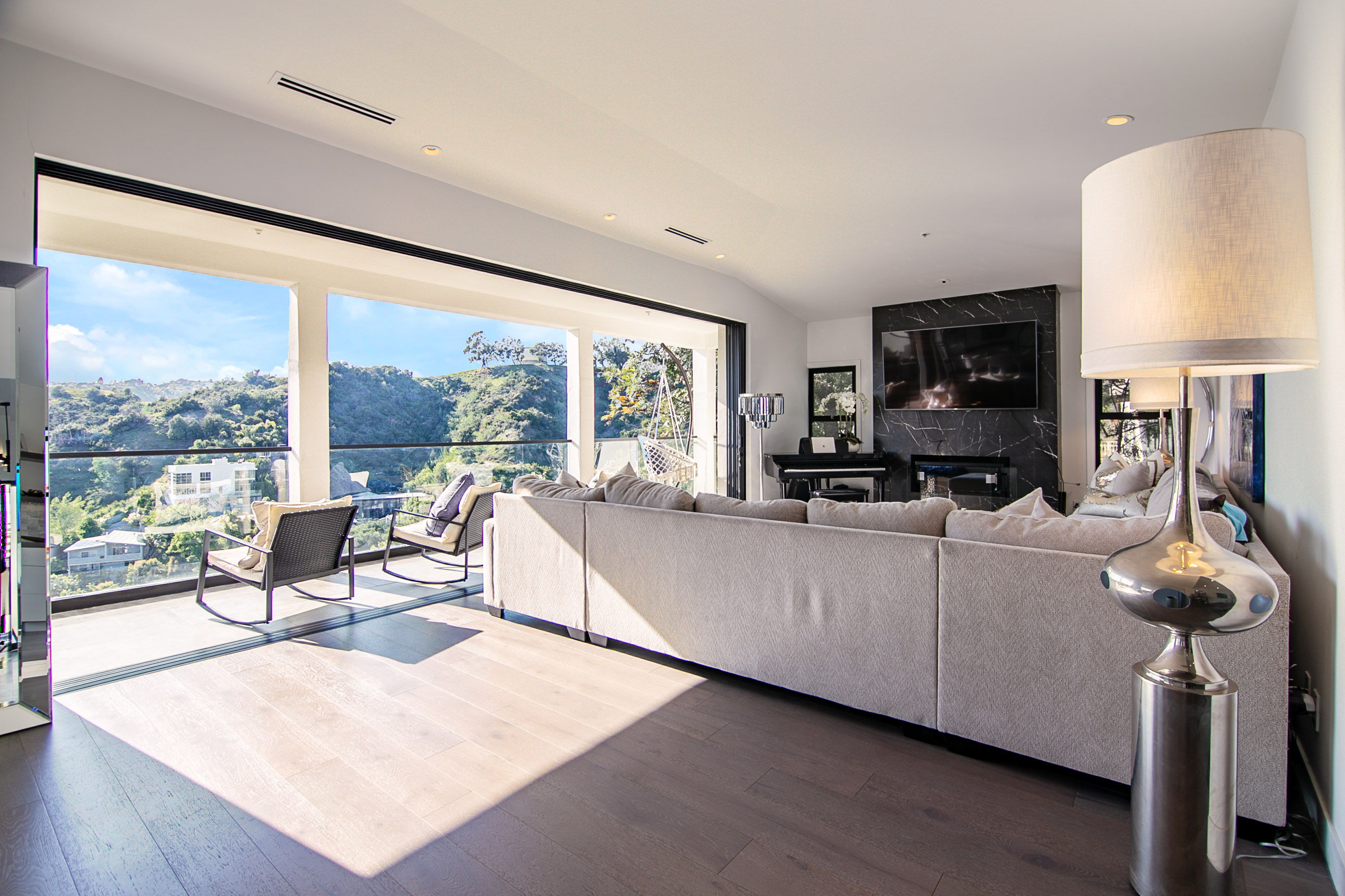 2621_Creston_Dr_Hollywood_Hills-23_rev