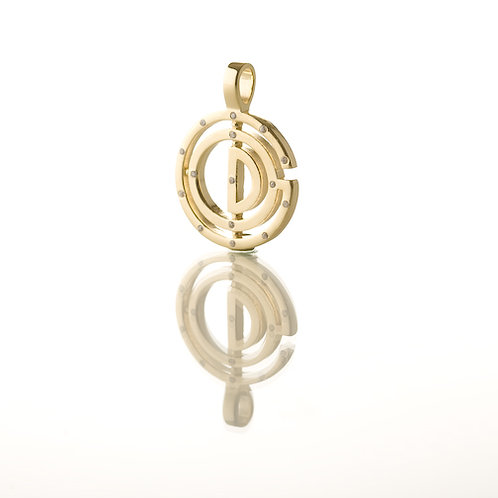 15 Stone Brass Base Metal Bezel Pendant