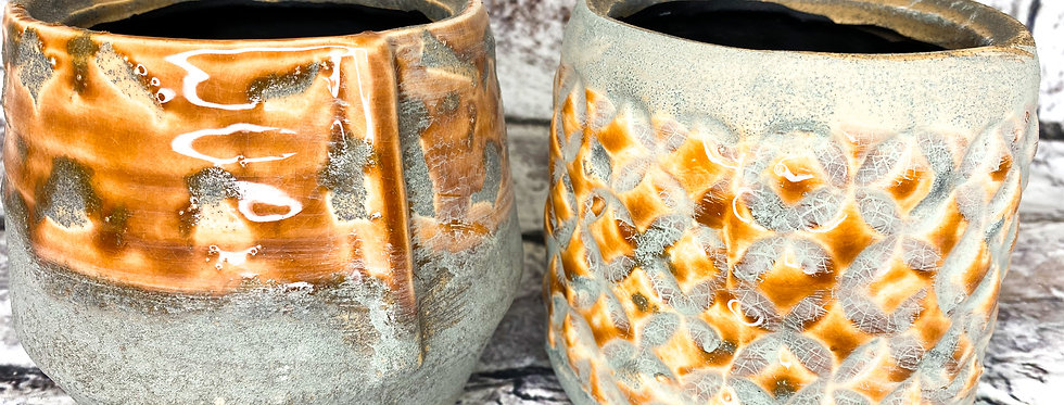 Rustic glazed pots d9