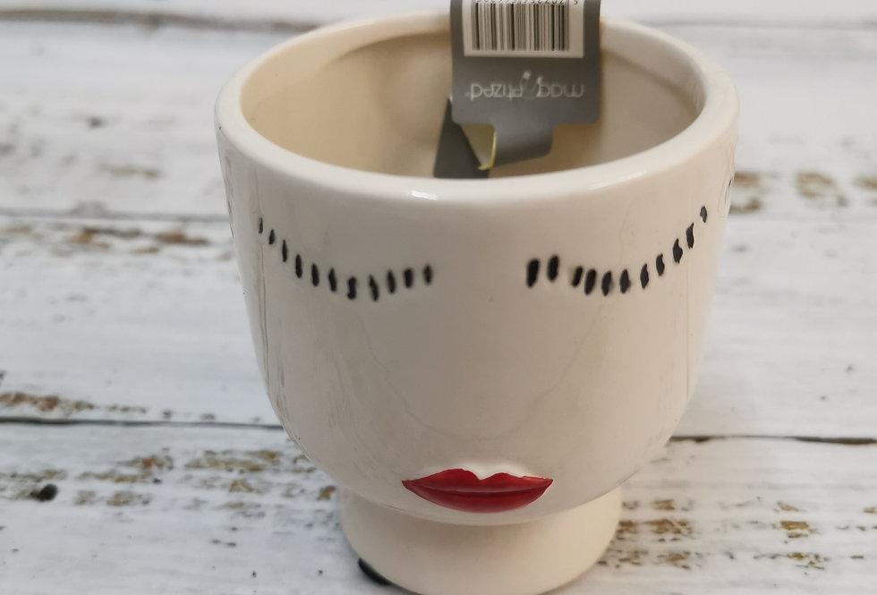 Lady lips ceramic magnetic pot