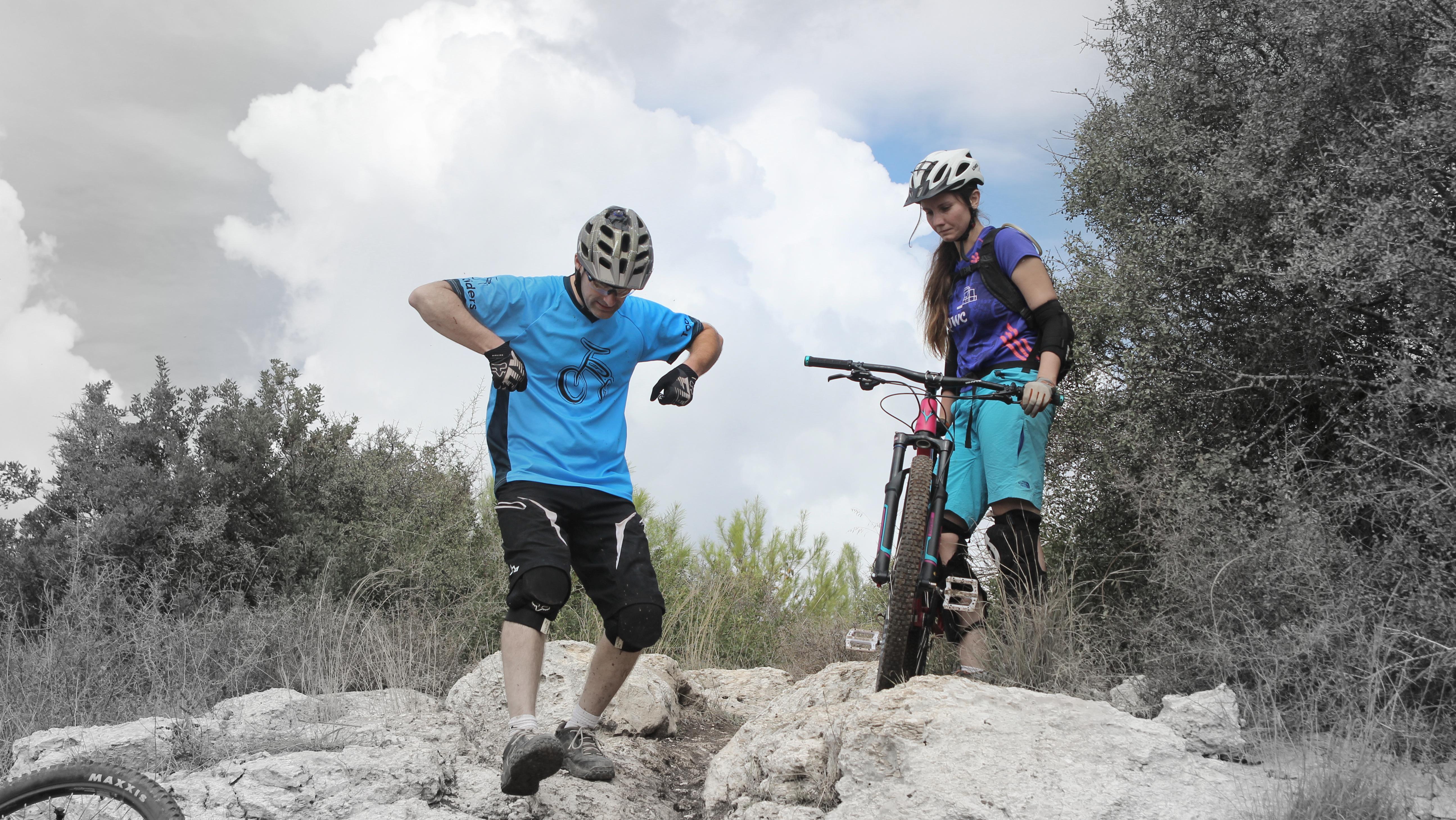 אבנר פירון מדריך אופניים