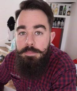 moustaches et barbe montlucon