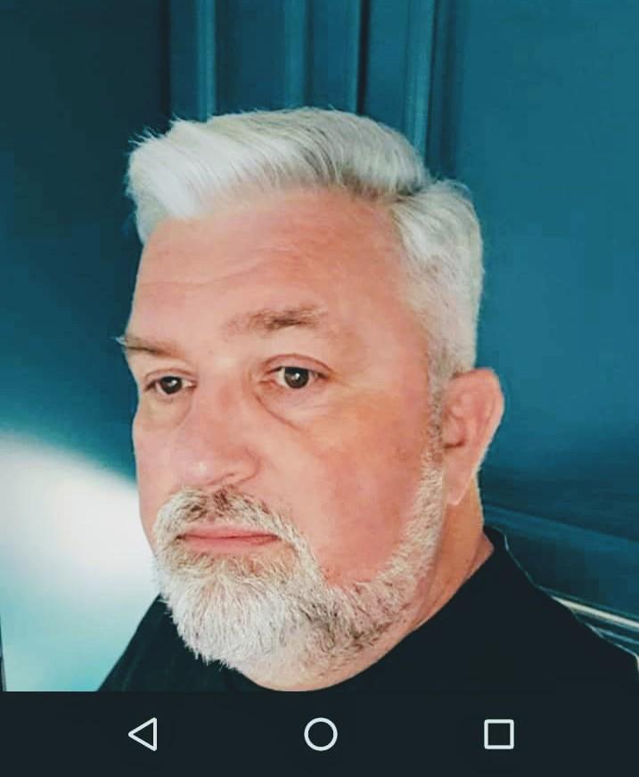 comment entretenir ses cheveux blancs av